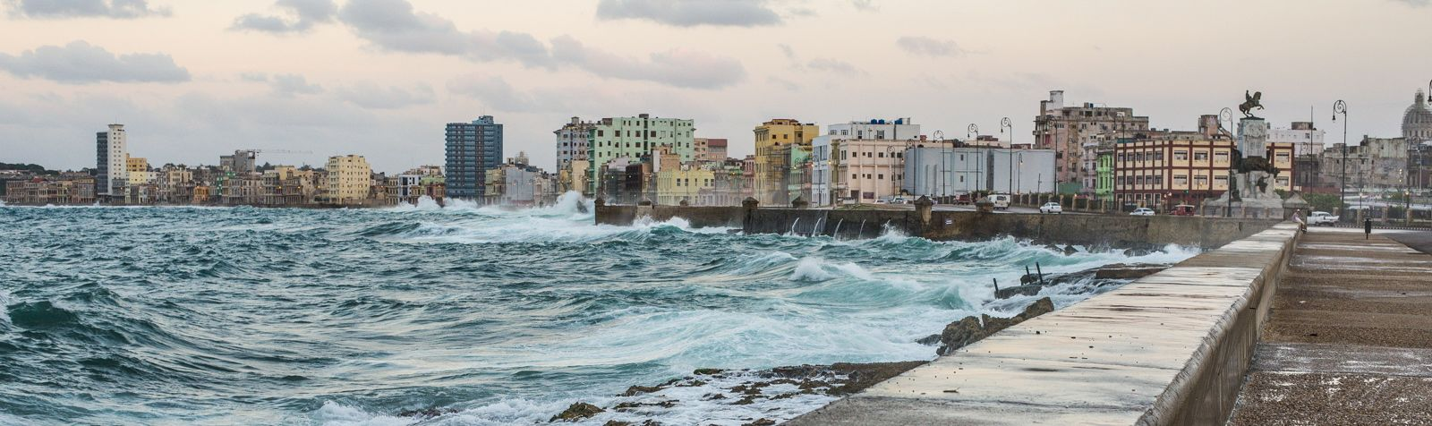 See the Malecon with the Havana Tour Company