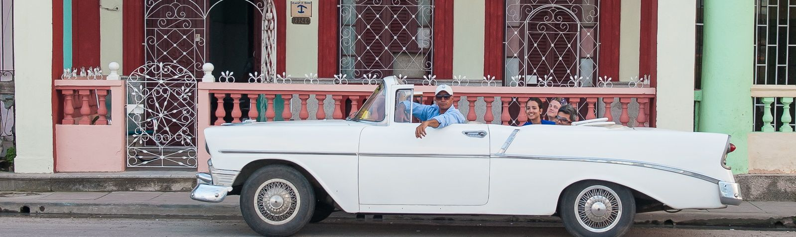 Take a ride in a Classic Car with the Havana Tour Company