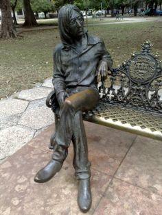 John Lenon Statue in Vedado