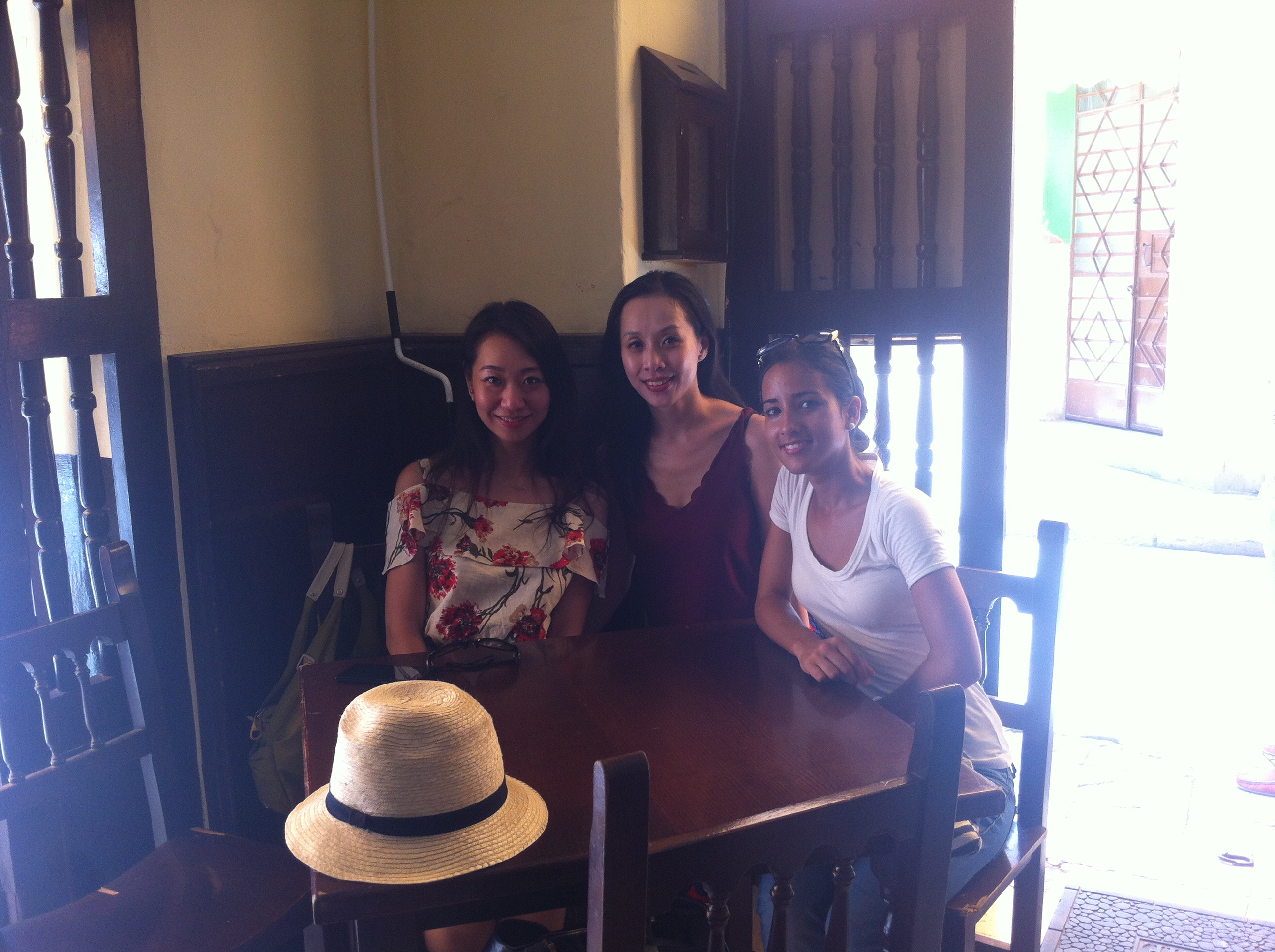 Full Day Havana Tour with cool Hong Kong Girls